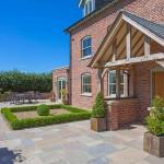 Modern Unique Developments, Blackhill Farm Knutsford patio